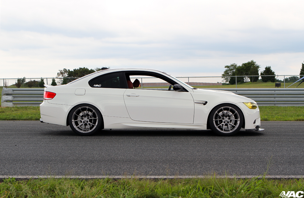 Pictured: GA1R In Transparent Smoke Over Brushed. 19x10F, 19x11R.  265/35/19F Michelin PSS, 305/30/19R Michelin PSS.